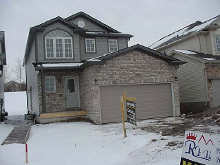 Royal Premier Homes - Eco Friendly Home Builders London - Beaverbrook III - House Outside Front View