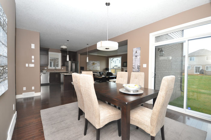 Royal Premier Homes - Eco Friendly Home Builders London - Beaverbrook II - Dining Area