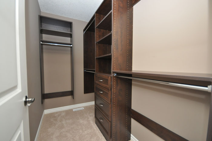Royal Premier Homes - Eco Friendly Home Builders London - Beaverbrook II - Closet