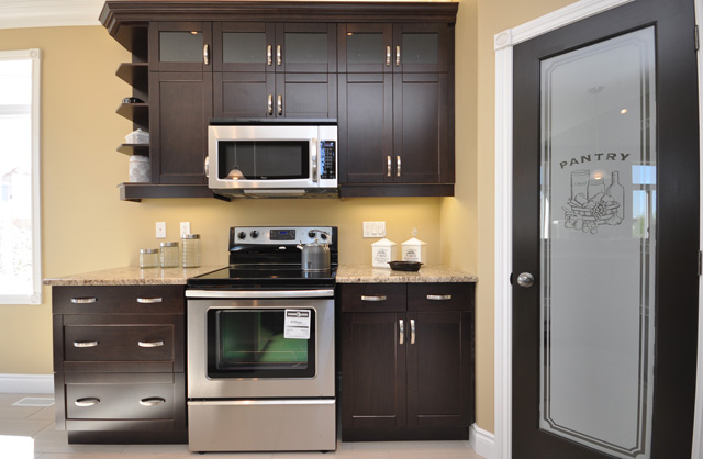 Royal Premier Homes - Eco Friendly Home Builders London - Beaverbrook I - Kitchen Area