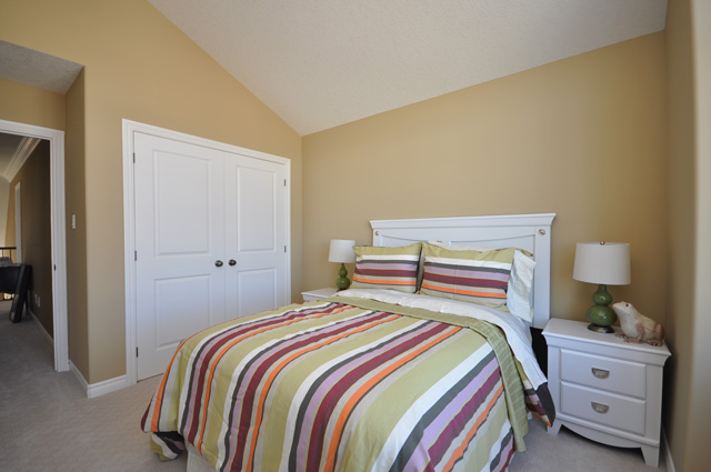 Royal Premier Homes - Eco Friendly Home Builders London - Beaverbrook I - Bedroom