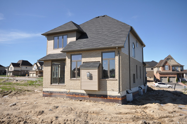 Royal Premier Homes - Eco Friendly Home Builders London - Beaverbrook I - House Outside View