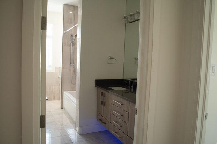 Royal Premier Homes - Eco Friendly Home Builders London - Cranbrook I - Bathroom