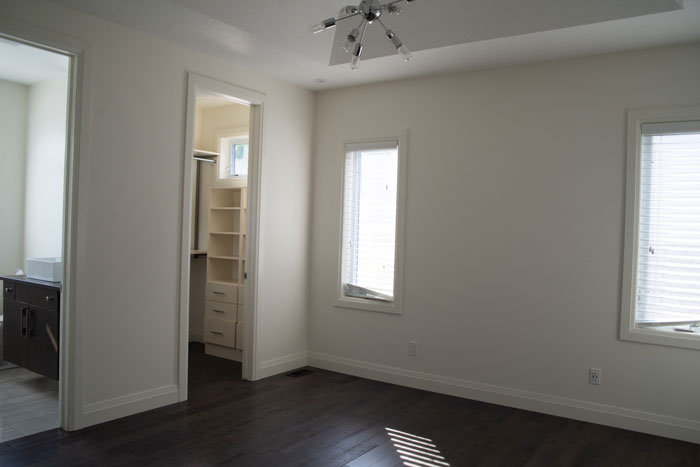 Royal Premier Homes - Eco Friendly Home Builders London - Cranbrook I - Empty White Room