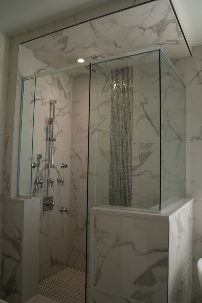 Royal Premier Homes - Eco Friendly Home Builders London - Cranbrook I - White Bathroom