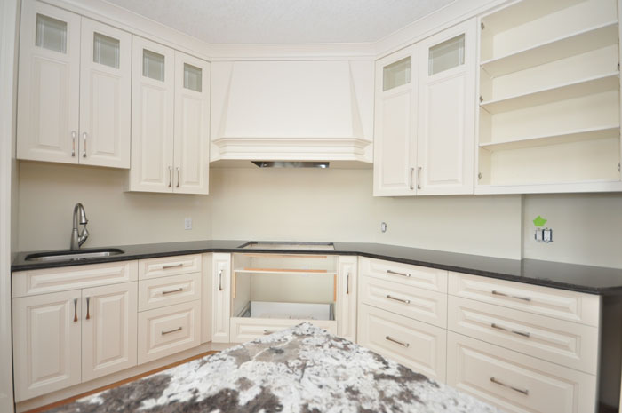 Royal Premier Homes - Eco Friendly Home Builders London - Crestwood II - Empty Kitchen Area