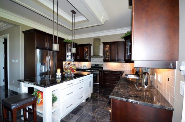 Royal Premier Homes - Eco Friendly Home Builders London - Crestwood I - Kitchen Area