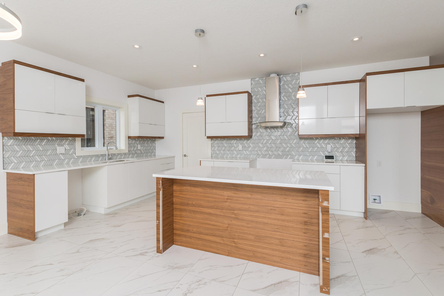 Royal Premier Homes - Eco Friendly Home Builders London - Frontier - Empty Kitchen Area