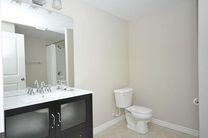 Royal Premier Homes - Eco Friendly Home Builders London - Tamarack - Bathroom